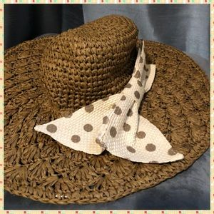 Jessica Simpson brown wide brim floppy hat